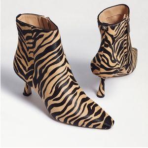 Samantha Sam Edelman Zebra BOOTS 9.5 High Heels